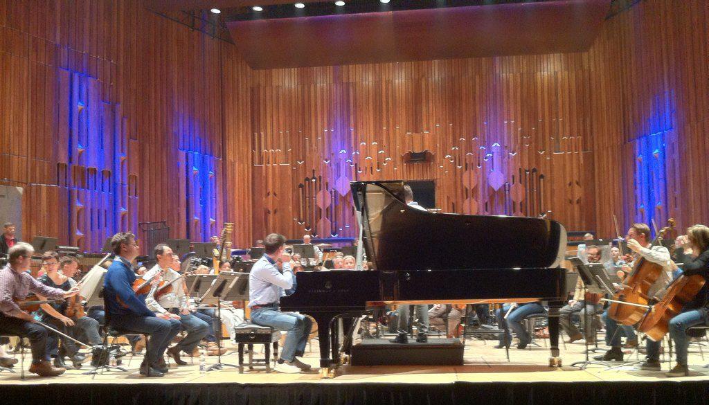 Le pianiste Slava Sidorenko en répétition avec le LSO pour la suite Kingdom Hearts